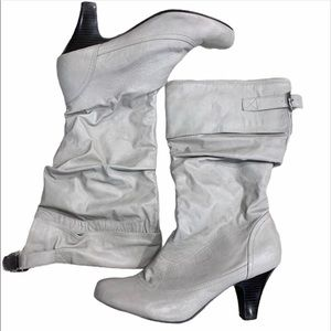 DRESS BARN Gray slouchy retro fold over boots